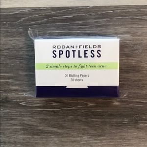 Rodan + Fields Spotless Oil Blotting Sheets